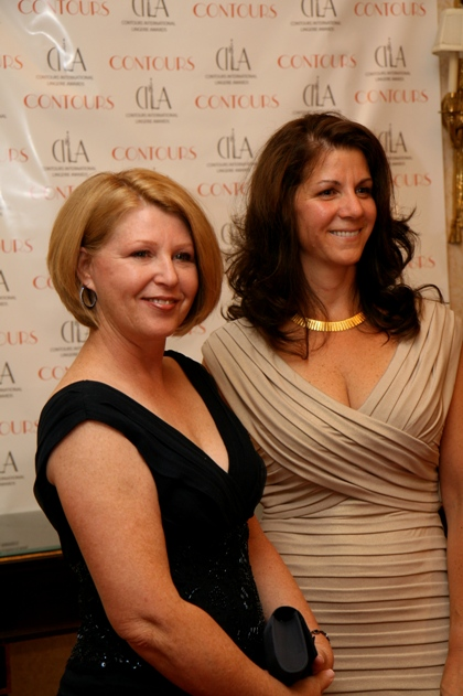 CILA Gala Red Carpet - Sharon Guthier and Karen Thompson - Lace Silhouettes