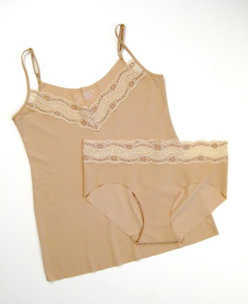Commando Soft Lace Cami and Girl Short